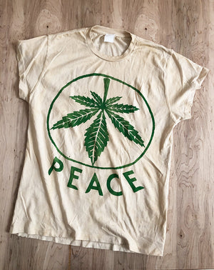 Peace (Leaf) Crew Tee in Tea Stained