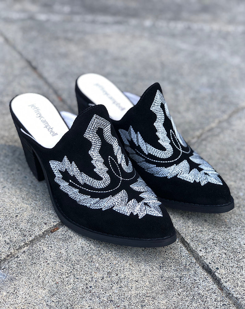 Favela Embroidered Mule in Black Suede