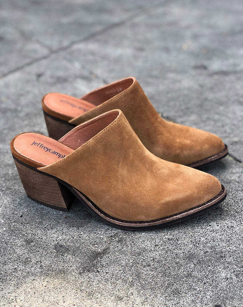 Favela Mule in Tan Oiled Suede