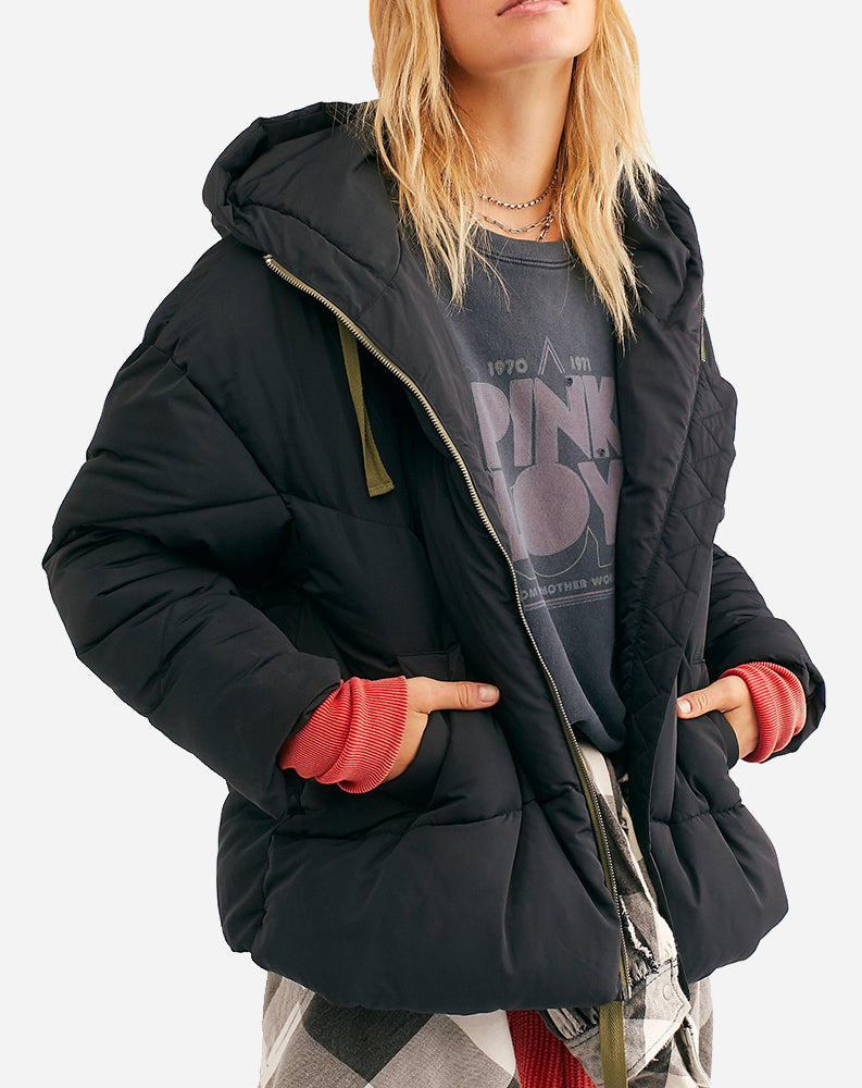 Hailey Puffer in Black