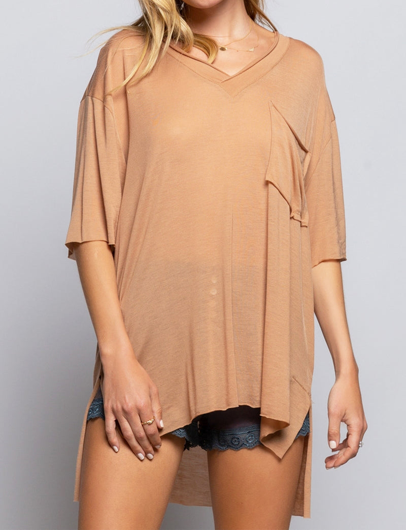 Pol Clothing Pocket V Neck Tee in Caramel Toffee