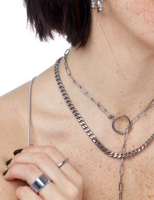 Connection Lariat Necklace in Silver