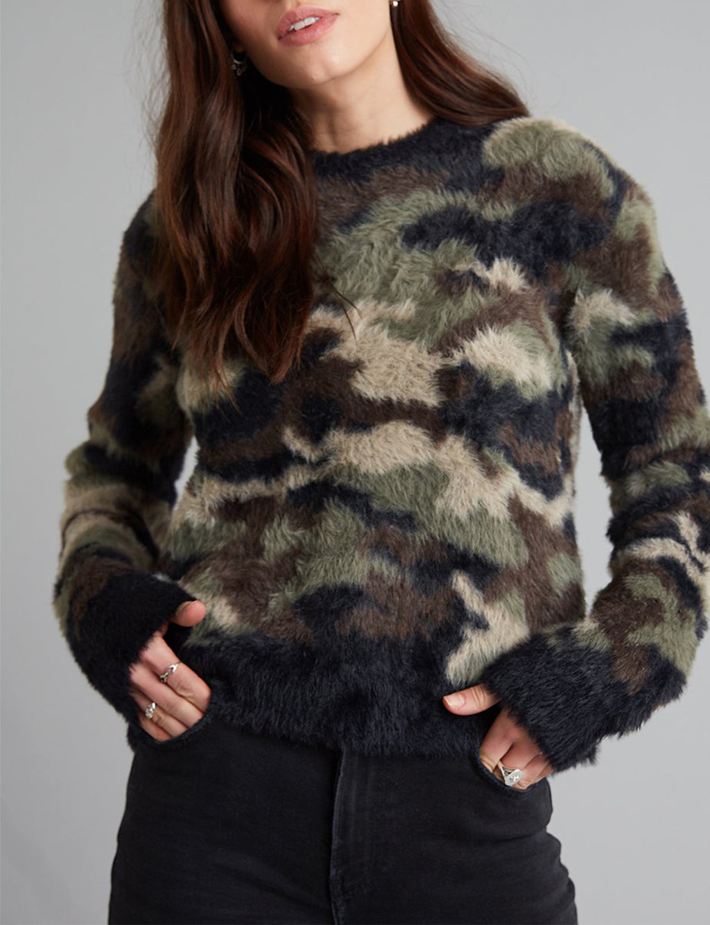 Fuzzy Camo Crew Neck Sweater in Green/Black