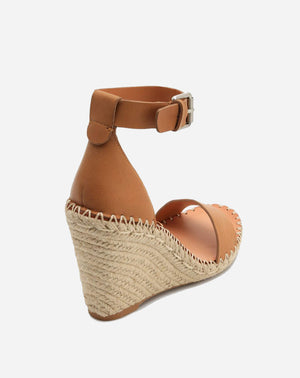 Noor Wedge in Tan
