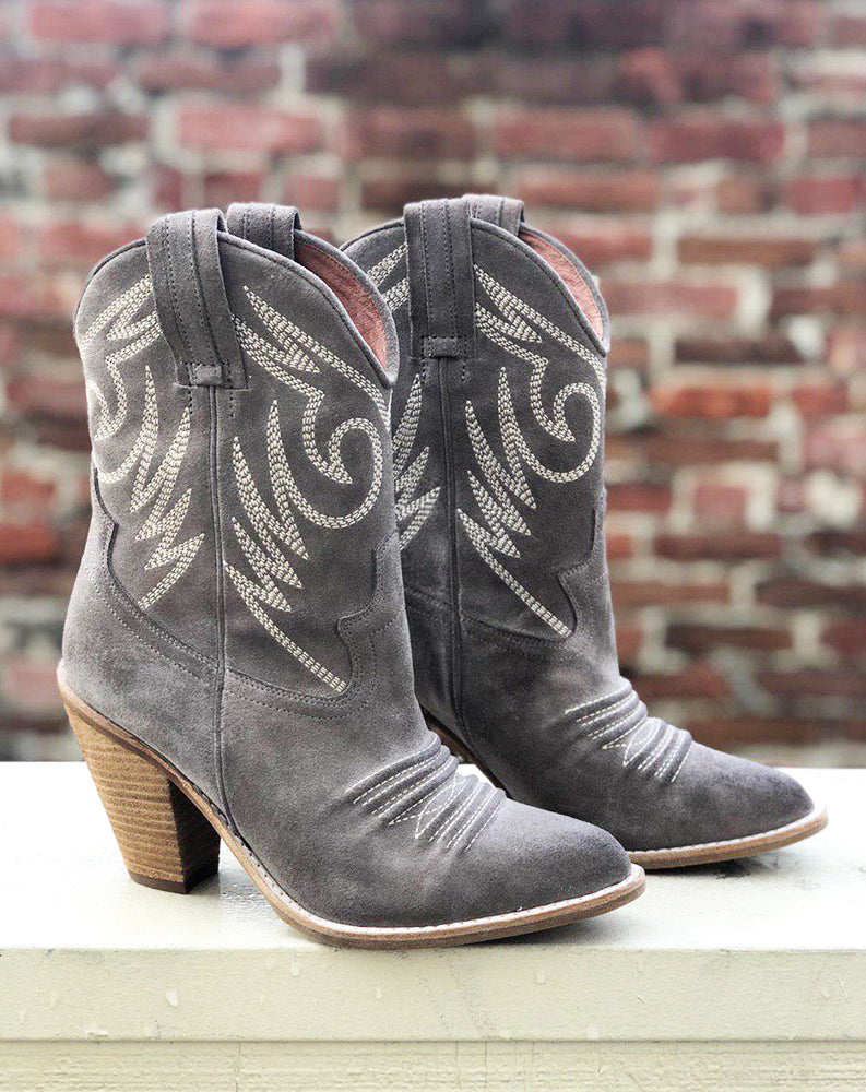Audie Mid-Shaft Western Boot in Taupe Suede