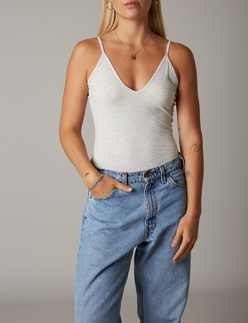 Nia Kaia V Neck Tank, Heather Grey