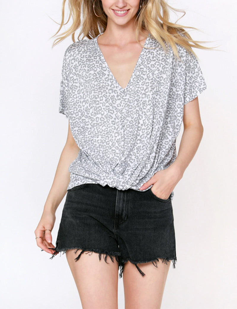 Bobi Dolman V Neck Twist Tee in Cloudy/White