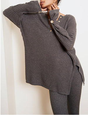 Around The Clock Pullover in Charcoal