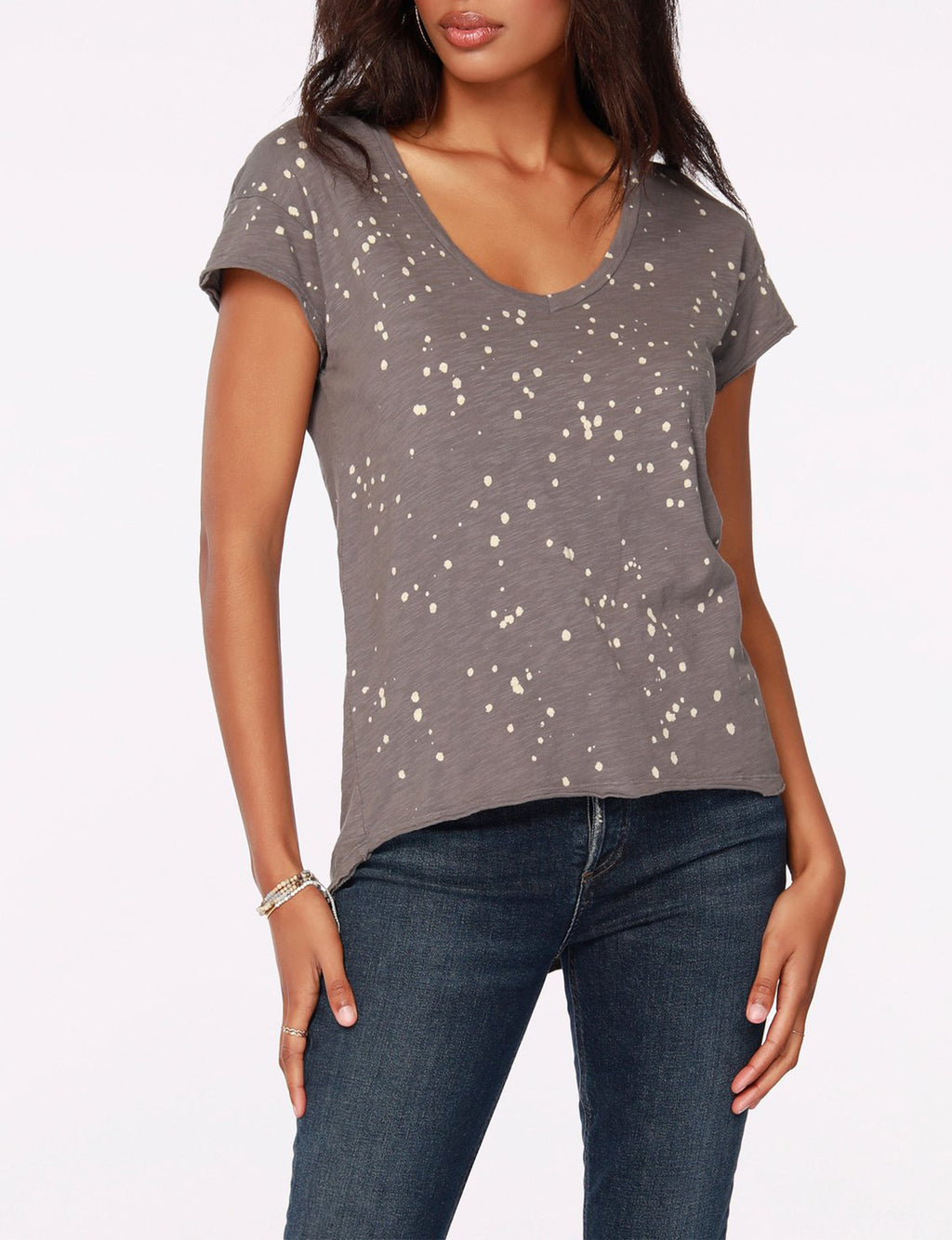 V Neck Hi-Lo Tee in Overcast