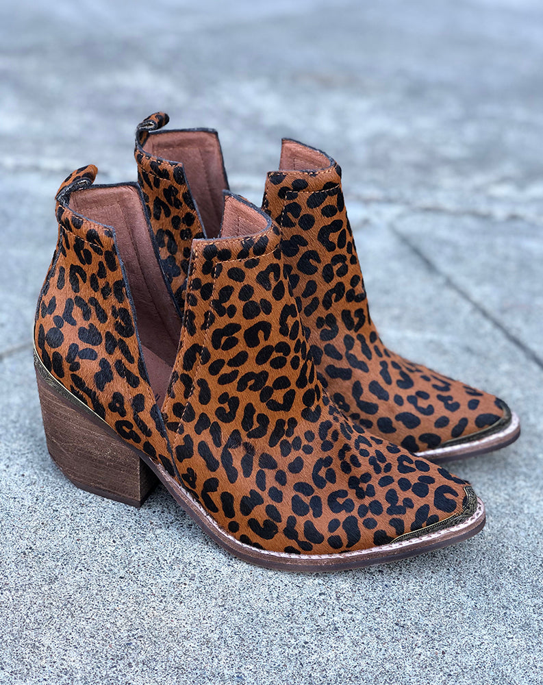 Cromwell Ankle Boot in Brown Cheetah w/ Brass Tips