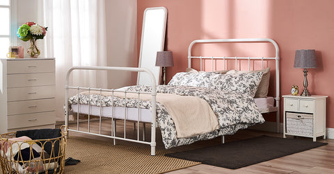 White_Metal bed