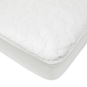 Fitted crib and toddler waterproof quilted mattress pad