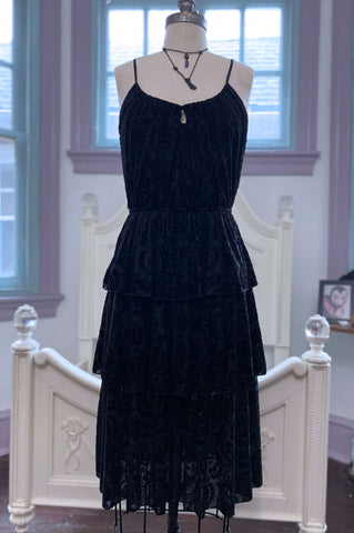 Claudette dress in black damask