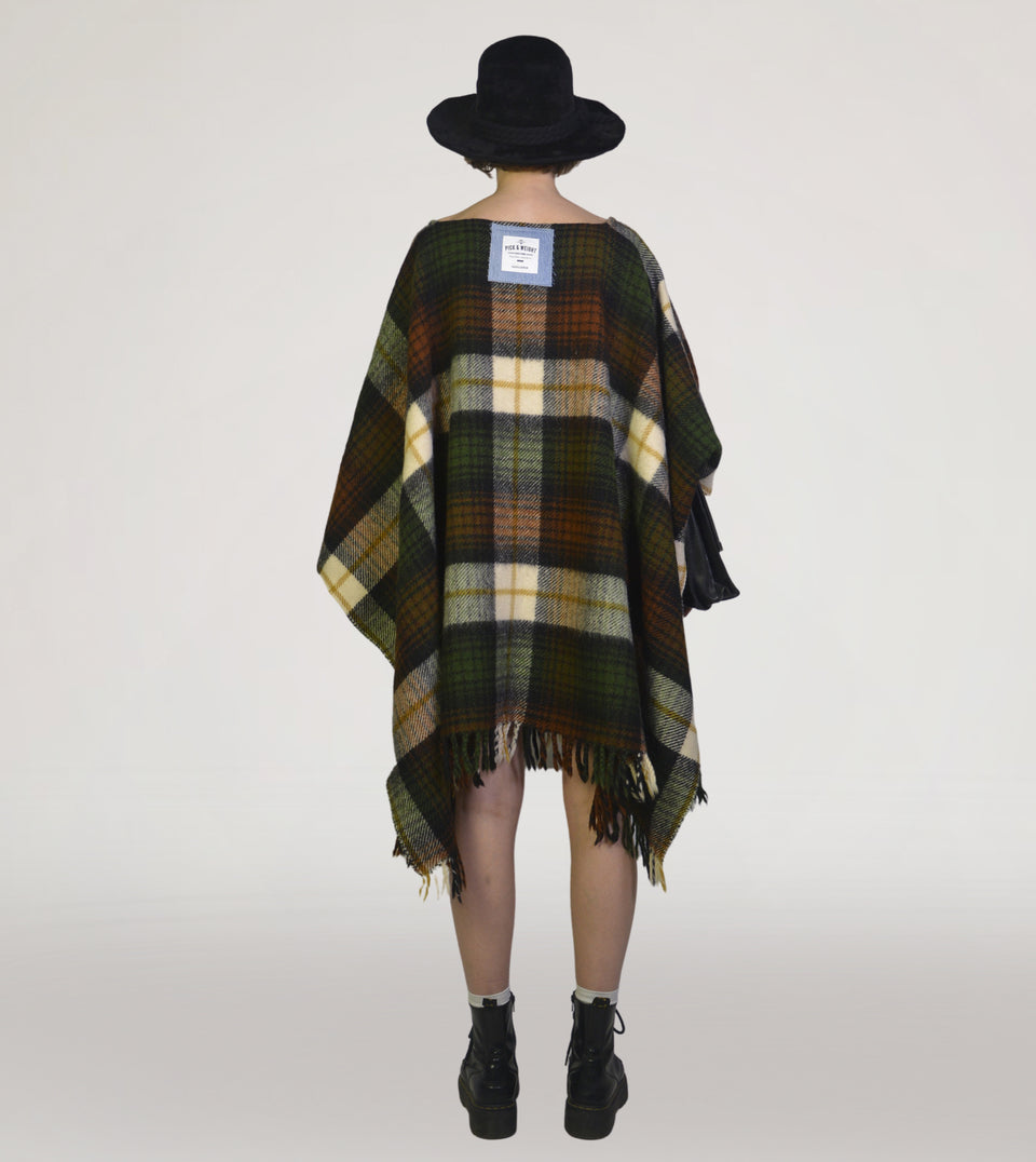 PNW (RE)COLLECTION Cape