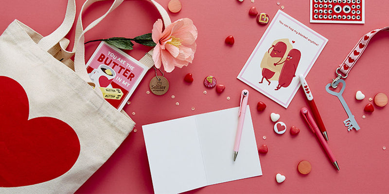 10 INTERESTING PERSONALISED GIFT IDEAS FOR HER THIS VALENTINE'S DAY!