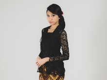 Load image into Gallery viewer, Kebaya lace