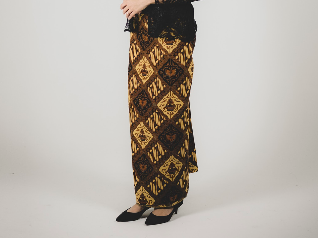 Wrap in skirt in Jawa
