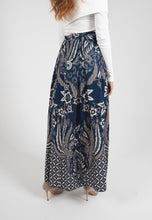 Load image into Gallery viewer, [CLEARANCE] Cendrawaseh Maxi Skirt - Blue