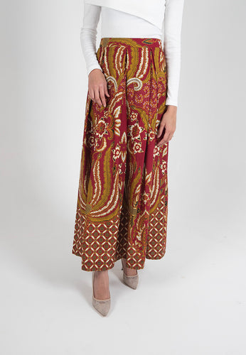 [CLEARANCE] Cendrawaseh Maxi Skirt - Red