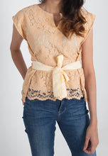 Load image into Gallery viewer, Lace Vinie Peplum - Biege
