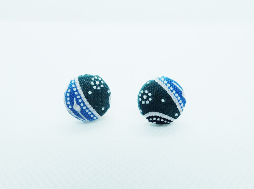 Button earstud