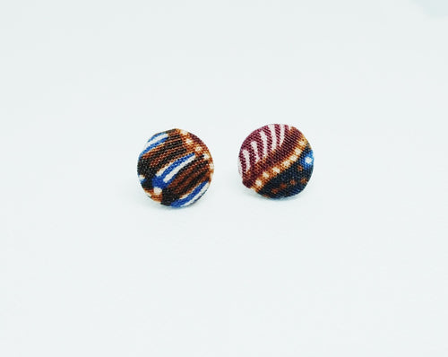 Button ear stud