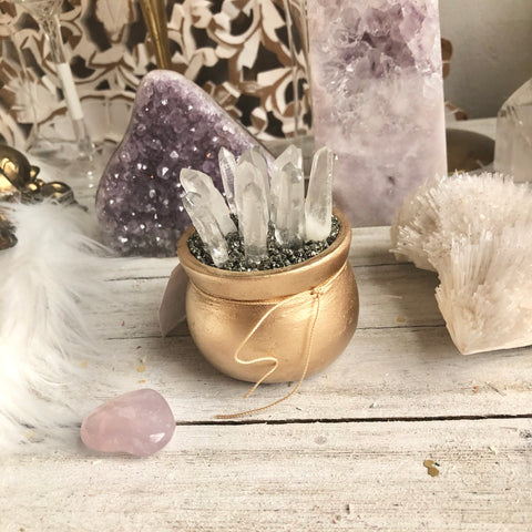 Manifestation Quartz cauldron