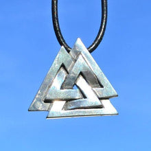 Load image into Gallery viewer, Silver Valknut Pendant