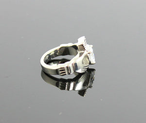 Claddagh Ring Zirconia Diamond Stainless Steel Heart Irish Celtic Rings Wedding Engagement Promise Girls Silver Jewelry Unique Gift for Her