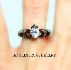 Black Claddagh Ring Women Zirconia Heart Crown Hands Irish Celtic Rings