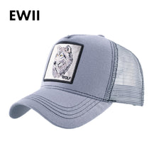 Load image into Gallery viewer, Wolf Baseball Caps Men Unisex Snapback Trucker Hats Cool Anmal Patch 4 styles