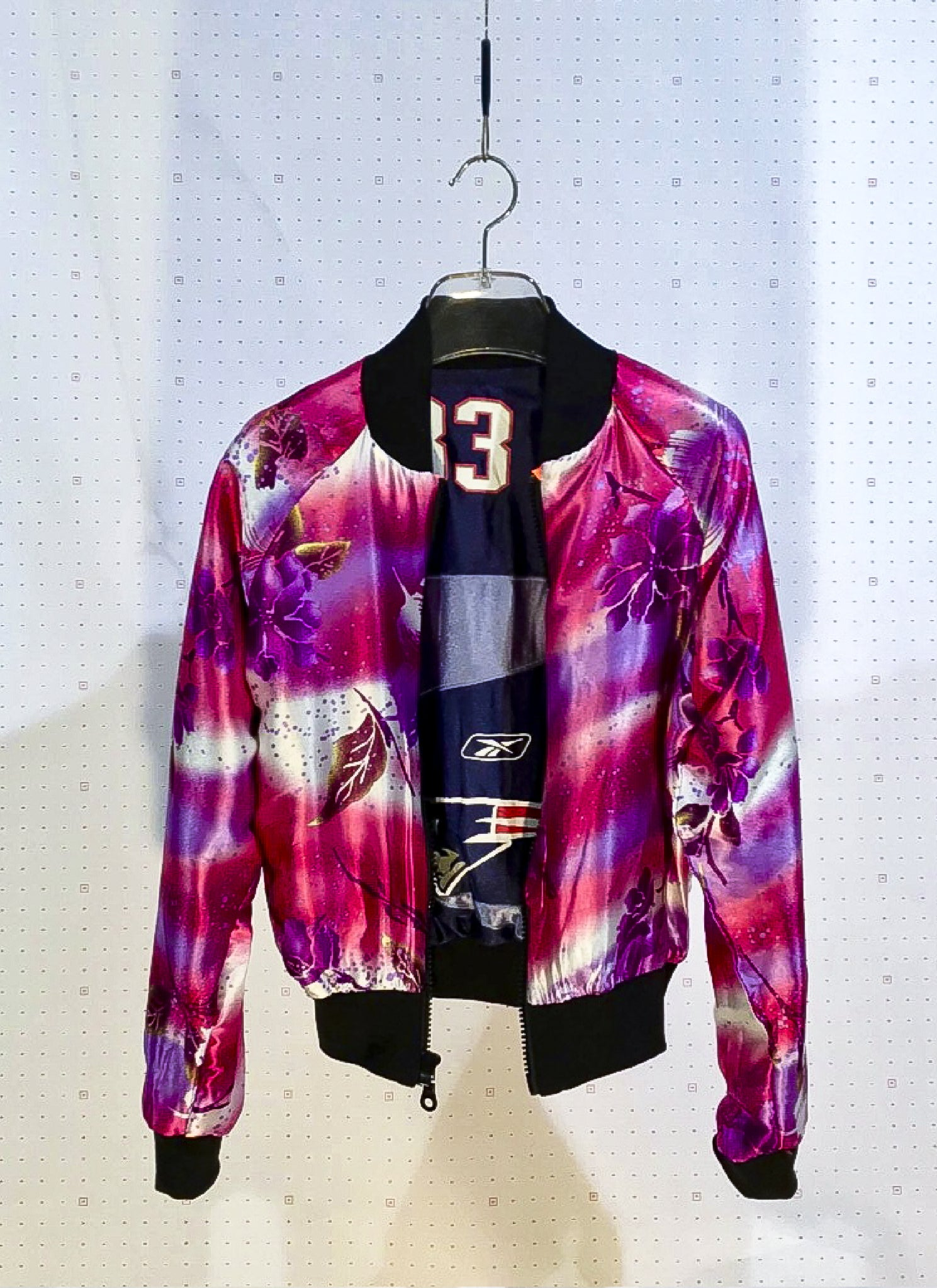 #83 - UNIQUE - Women 100% Recycled NFL Jersey
