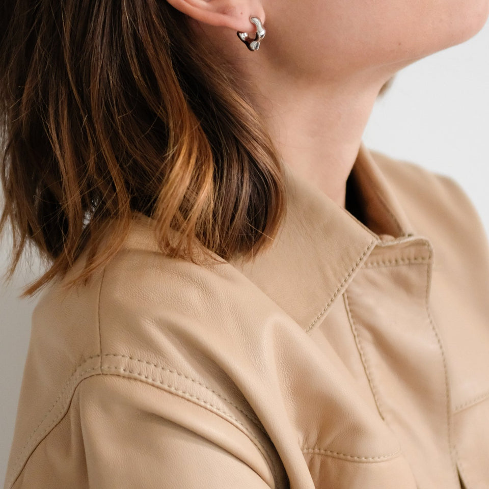 L'Or Liquide Mini Ear hoops