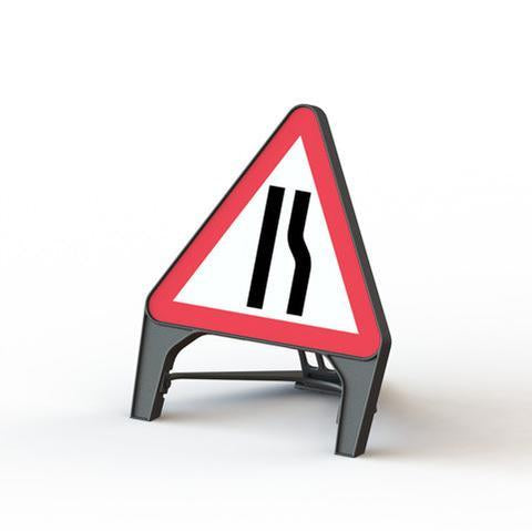 Plastic Road Sign - Road Narrows Right - Orbit - Temporary Road Signs - Lapwing UK