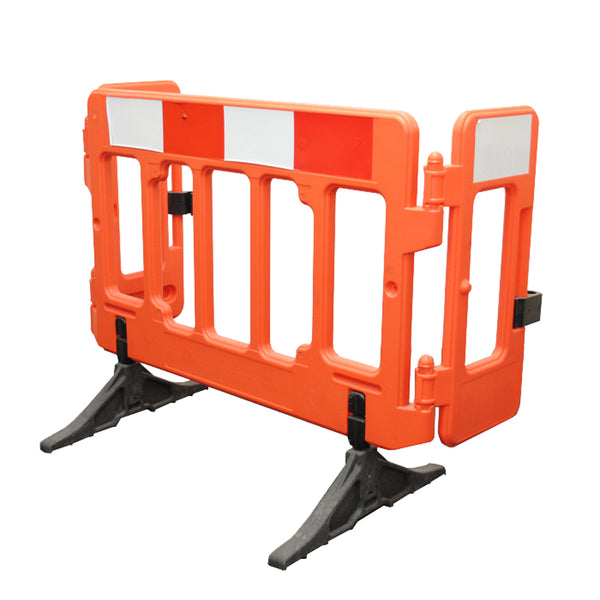 Melba Olympic Hinged Barrier - Orbit - Traffic Management - Lapwing UK