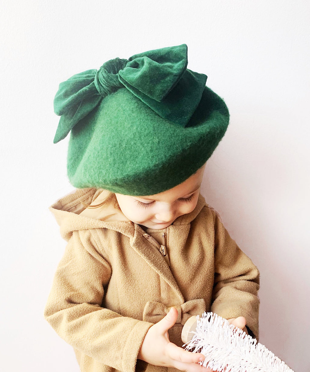 Emerald Green Beret with Velvet Bow