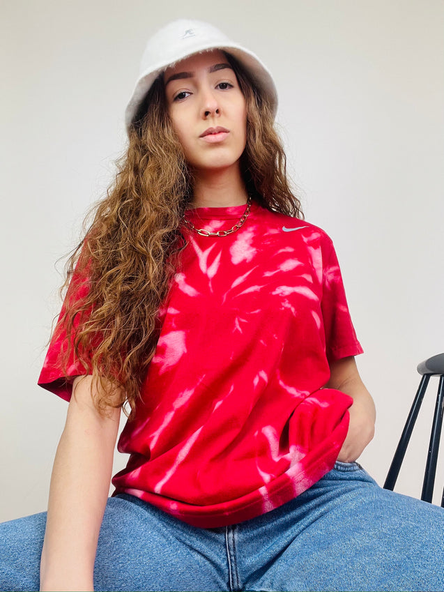Nike Tie-Dye T-Shirt Red