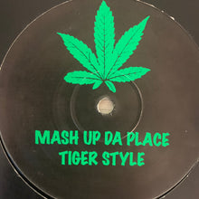 "Load image into Gallery viewer, Ganja Records Vol 4 ""Tiger Style"" / ""Mash Up Da Place"" 2 Track 12inch Vinyl"