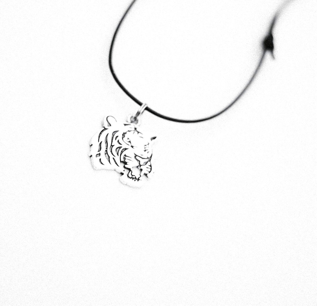 Boy Pendant Tigers