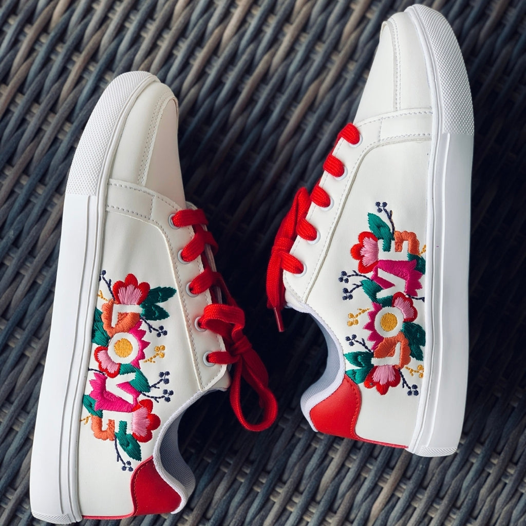 White sneakers for women and girls