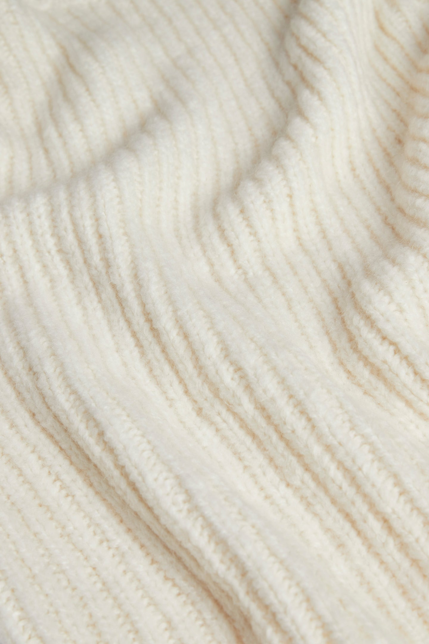 SIR the label MATTI TUCK SLEEVE SWEATER IVORY