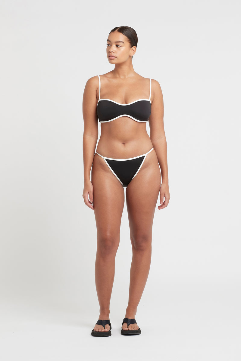 CLAUDE SHAPED BANDEAU