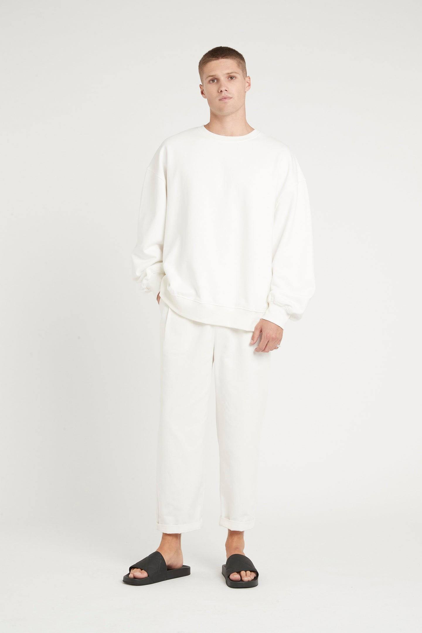 SIR the label MENS CREW NECK SWEATER IVORY