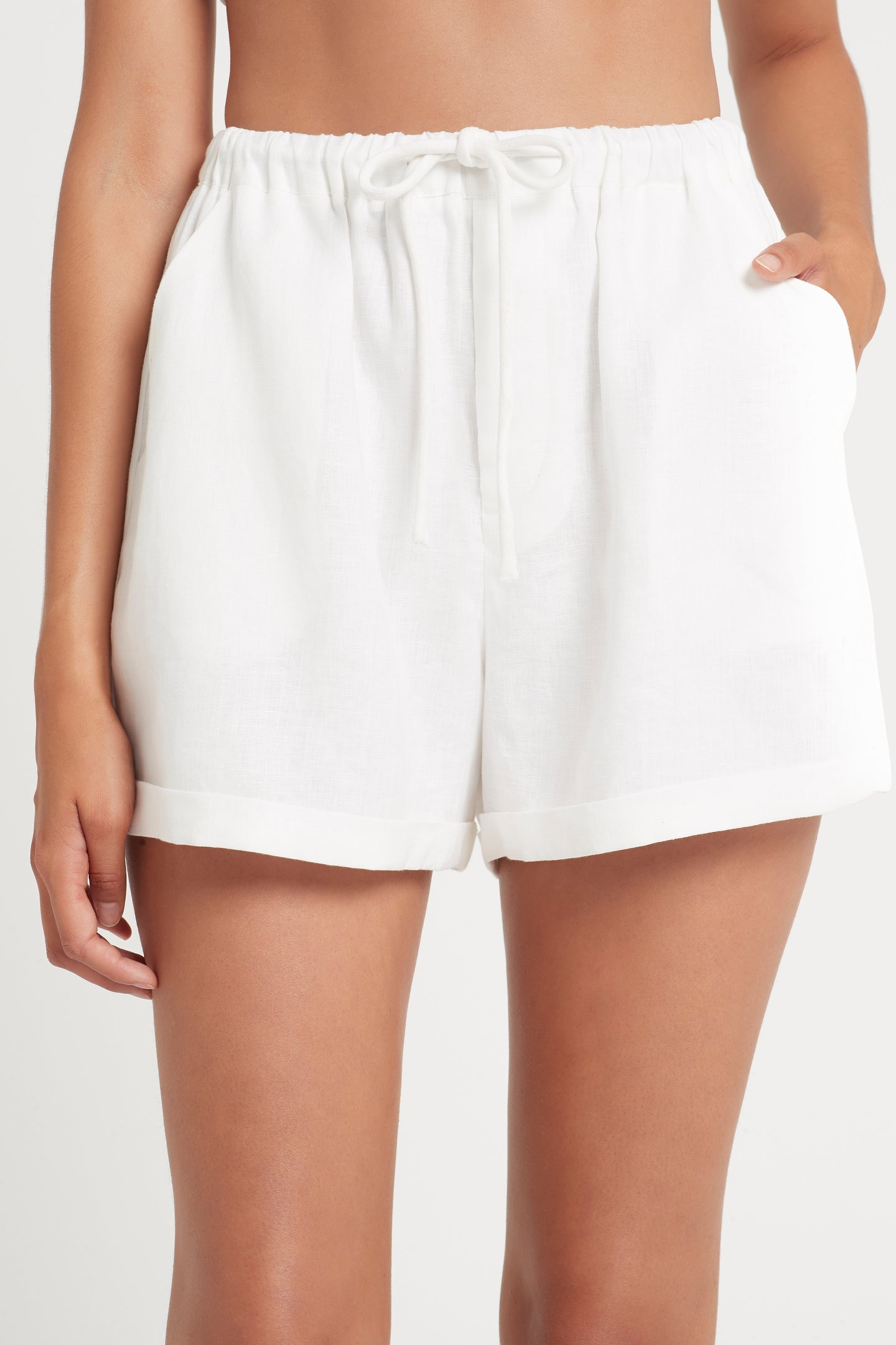 SIR the label ANOUK RELAXED SHORT WHITE