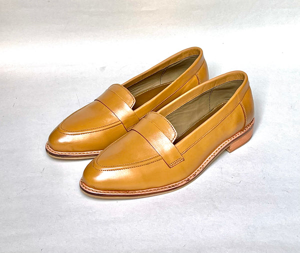 Women Tan Leather Loafers