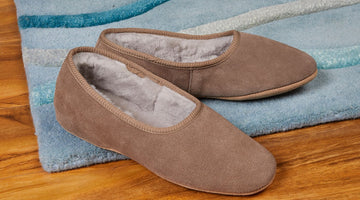 Why Choose a Reputed Seller to Buy Ladies Shearling Slippers?