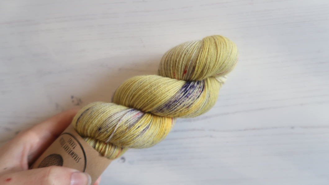 Rainbow Bee Sock Yarn