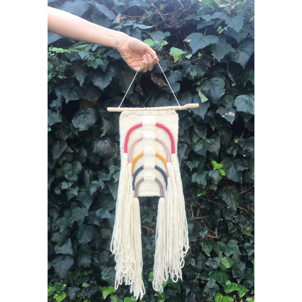 *SOLD* Modern fiber rainbow wall hanging 🌈