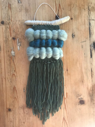 💙💚Mini Green With Love Wall Hanging 💚💙
