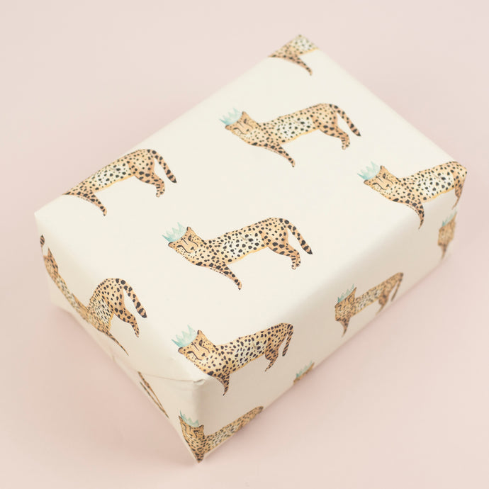 luxury-cheetah-gift-wrap